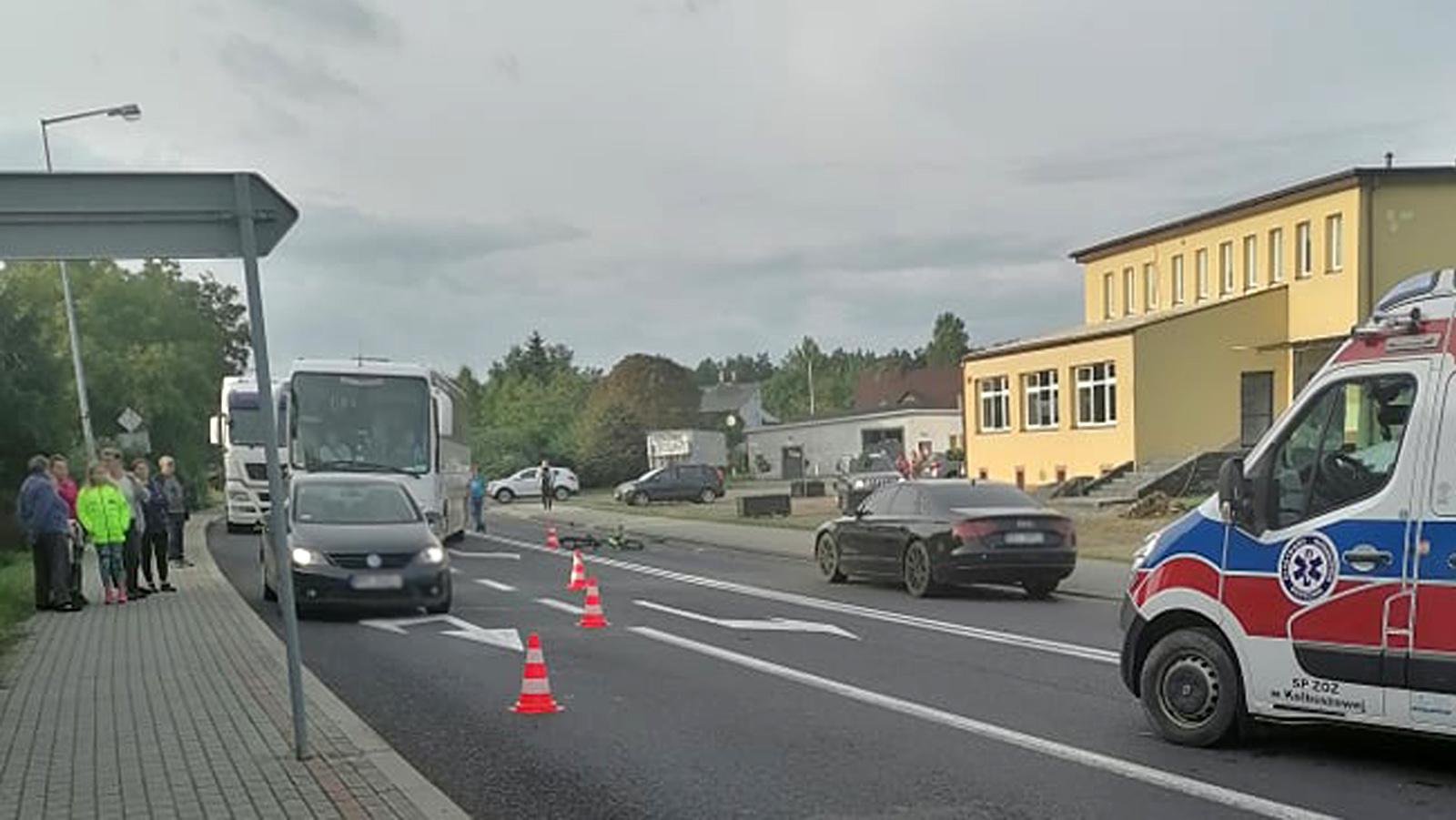Potrącenie dziecka na DK9 w Cmolasie. Utrudnienia na drodze relacji Kolbuszowa - Nowa Dęba [ZDJĘCIA] - Zdjęcie główne