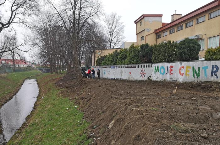 Ścieżka nad Nilem i amfiteatr. Trwają prace przy inwestycji w Kolbuszowej [FOTO - WIDEO] - Zdjęcie główne