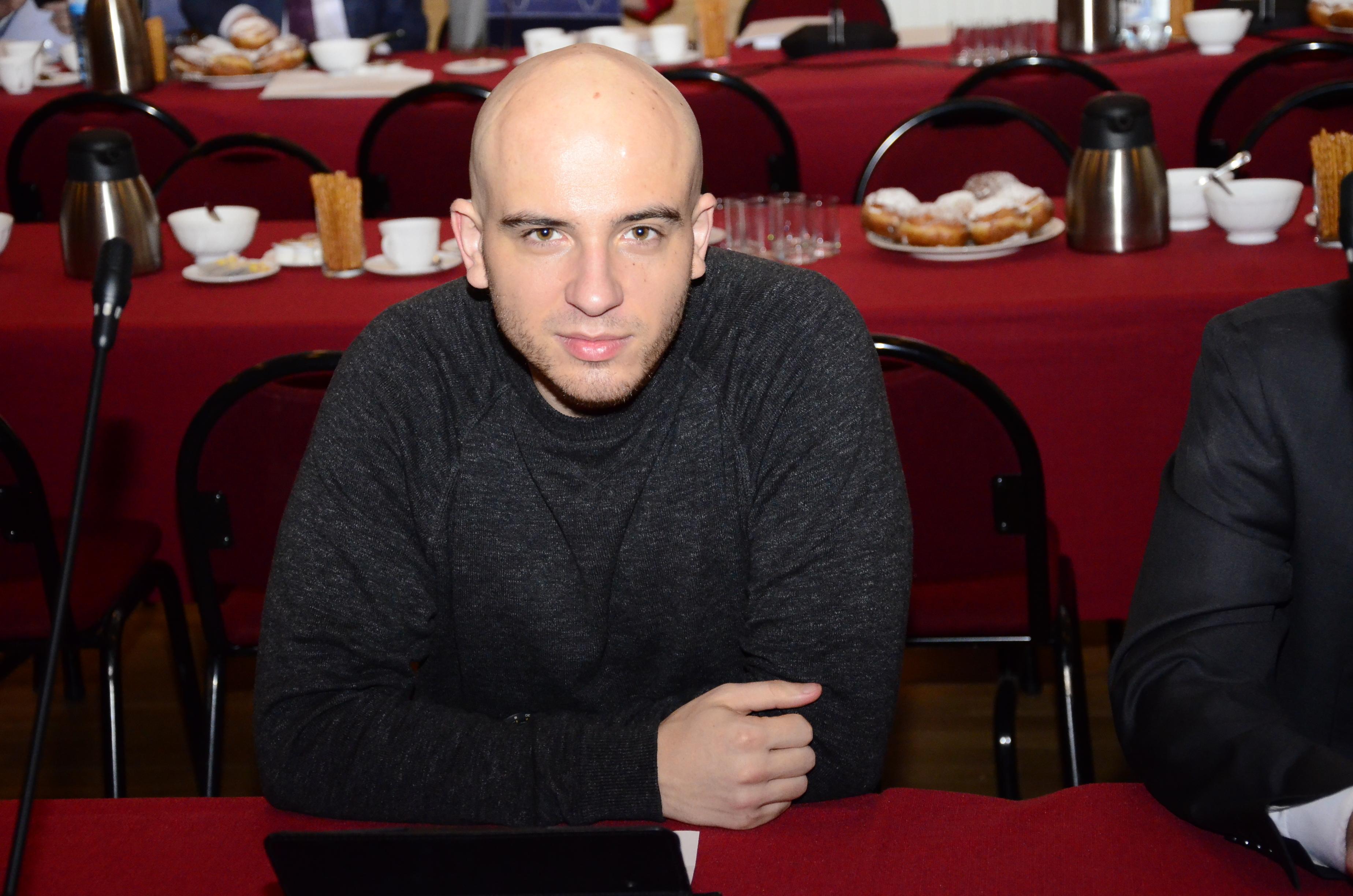 Piotr Panek prosi na sesji o... sok z pigwy - Zdjęcie główne