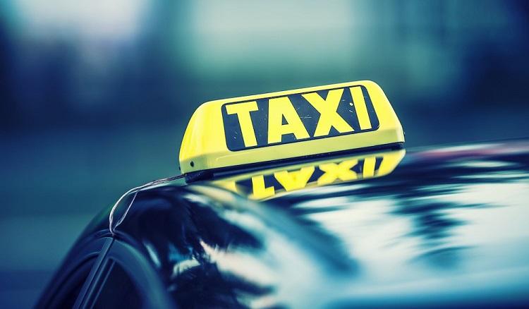 Chcesz kupić ubezpieczenie dla taksówki? Bądź czujny i nie daj się oszukać - Zdjęcie główne