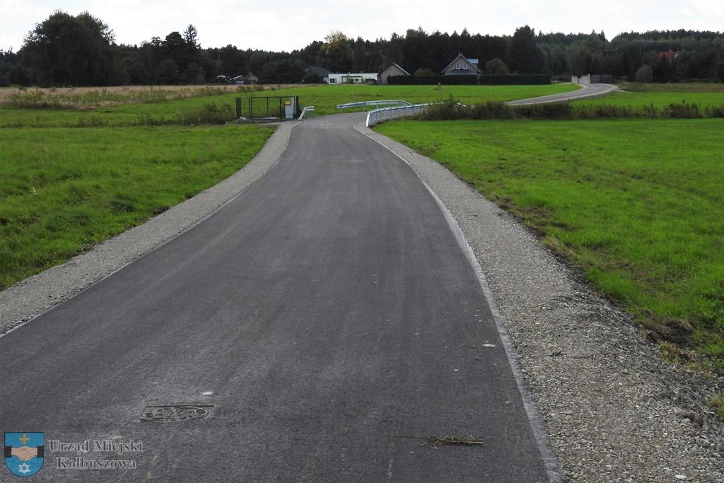 Zmodernizowana droga gminna Zarębki-Dubas - Zdjęcie główne