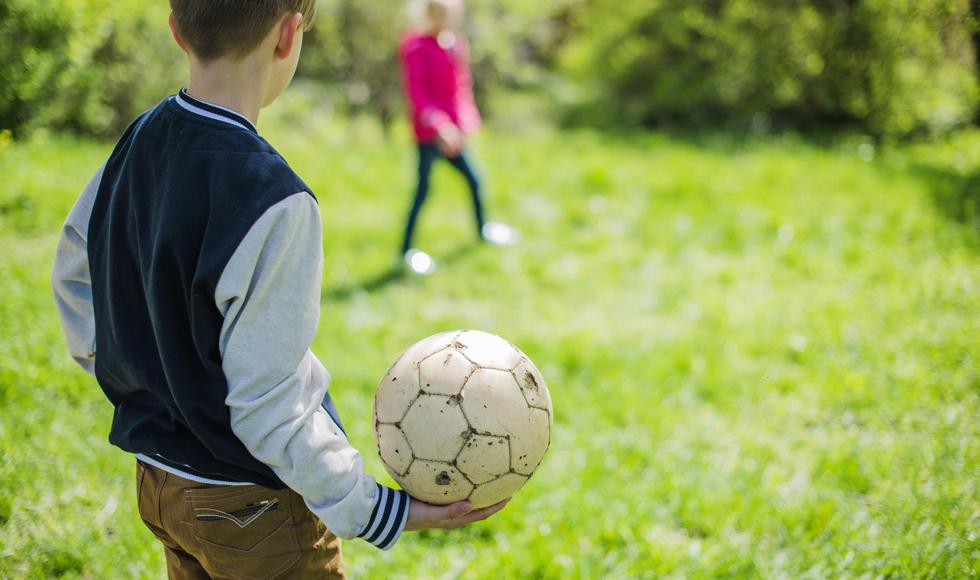 Dzieci i młodzież z czterech szkół z gminy Niwiska wezmą udział w dodatkowych zajęciach sportowych  - Zdjęcie główne