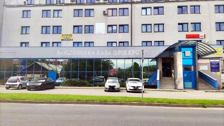 SYGNAŁY CZYTELNIKÓW: Bank PEKAO S.A. likwiduje swoje placówki. Mieszkańcy są niezadowoleni - Zdjęcie główne