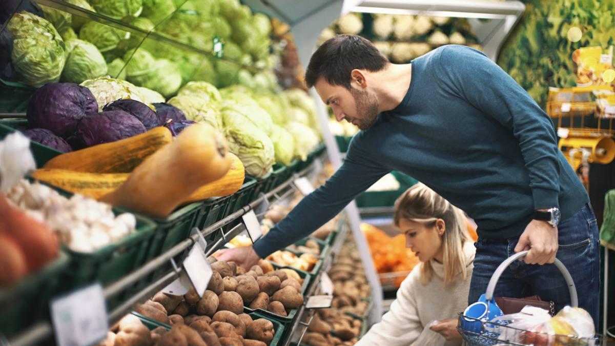 Od września duża sieć marketów otworzy sklepy w niedziele - Zdjęcie główne