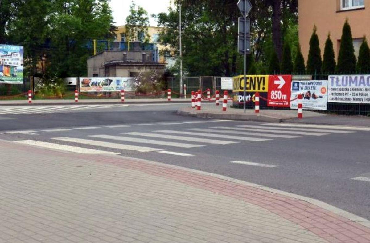 SANOK: Potrącenie nastolatek na przejściu dla pieszych [FOTO] - Zdjęcie główne