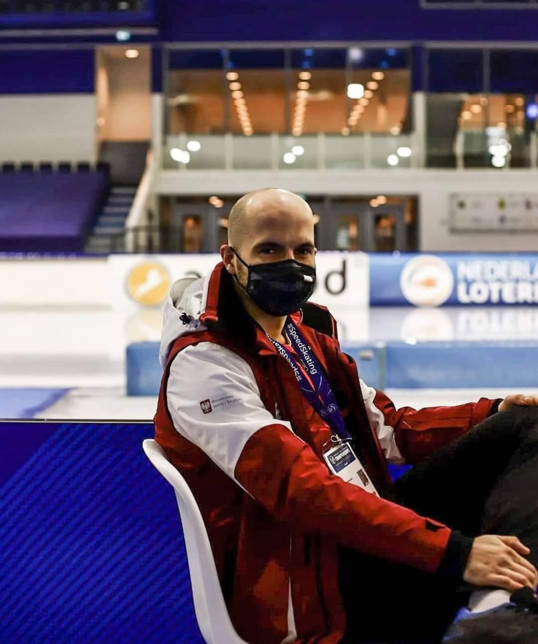 Sanoczanin Piotr Michalski na najsłynniejszym torze łyżwiarskim w Europie! - Zdjęcie główne