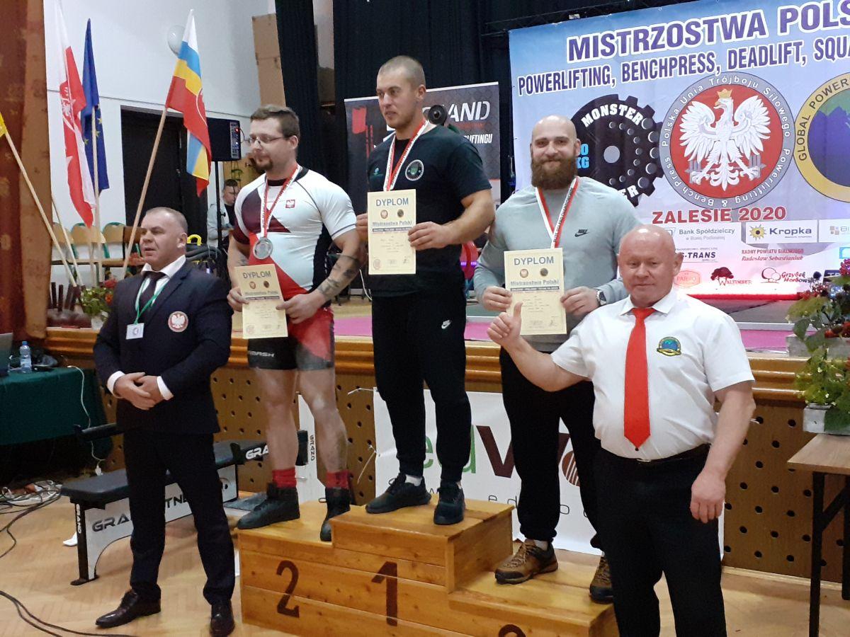 Tomasz Szarek trzecim zawodnikiem Mistrzostw Polski w Trójboju siłowym - Zdjęcie główne