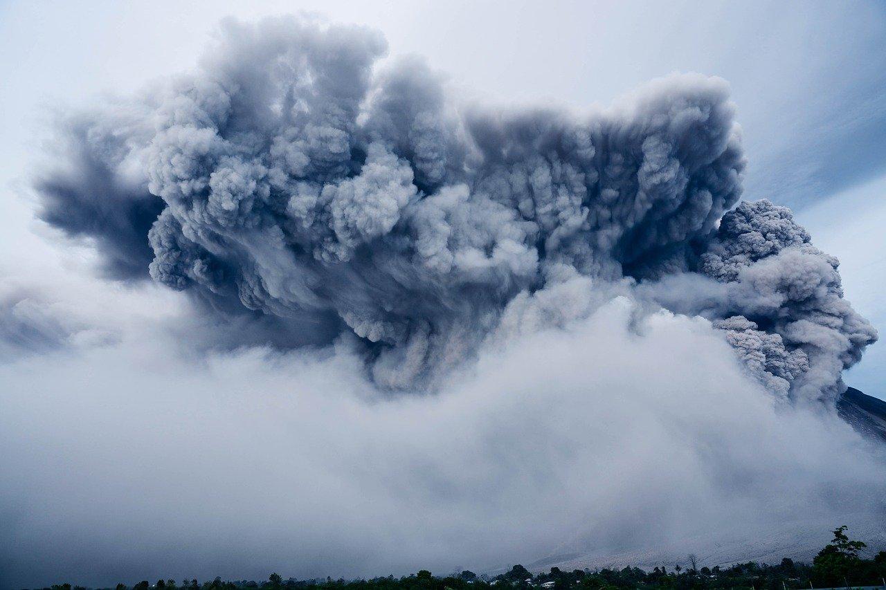 PODKARPACIE: Toksyczna chmura niebezpiecznych gazów dotrze na nasz region! [MAPA] - Zdjęcie główne