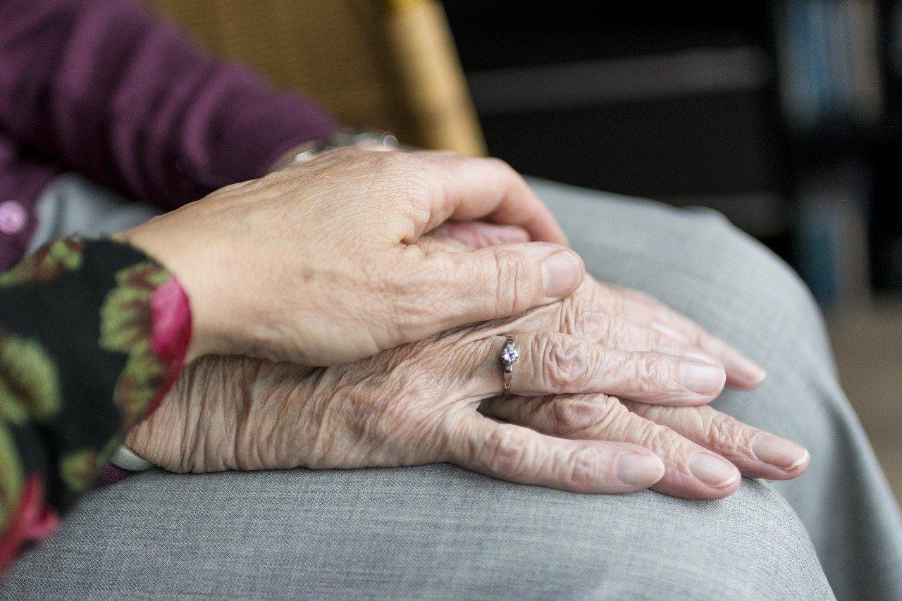 Seniorzy zawsze mogą liczyć na wsparcie! - Zdjęcie główne
