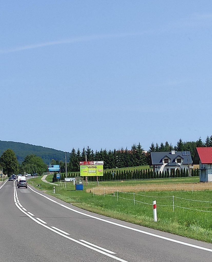 Kontynuacja budowy chodnika w Jurowcach - Zdjęcie główne