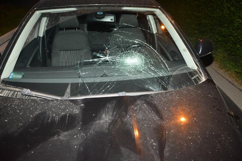 Z REGIONU. Zderzenie osobówki i cyklisty. 13-letni rowerzysta trafił do szpitala [FOTO] - Zdjęcie główne