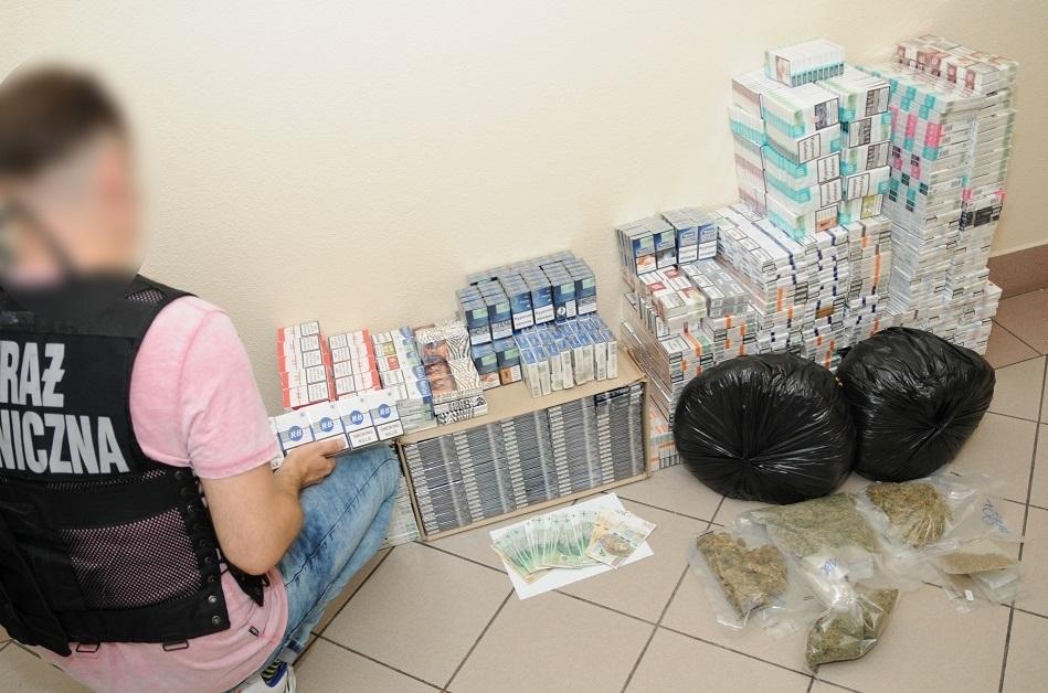 PODKARPACIE: Handlowała marihuaną na bazarze [ZDJĘCIA] - Zdjęcie główne