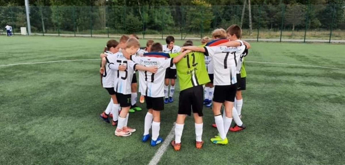 Młodzicy starsi AP Wiki Sanok wśród najlepszych drużyn Podkarpacia  - Zdjęcie główne