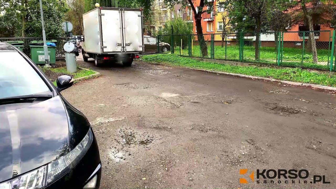 SYGNAŁY CZYTELNIKÓW: Parking przy SP nr 4 w Sanoku - zaplanowano remont nawierzchni! [VIDEO] - Zdjęcie główne