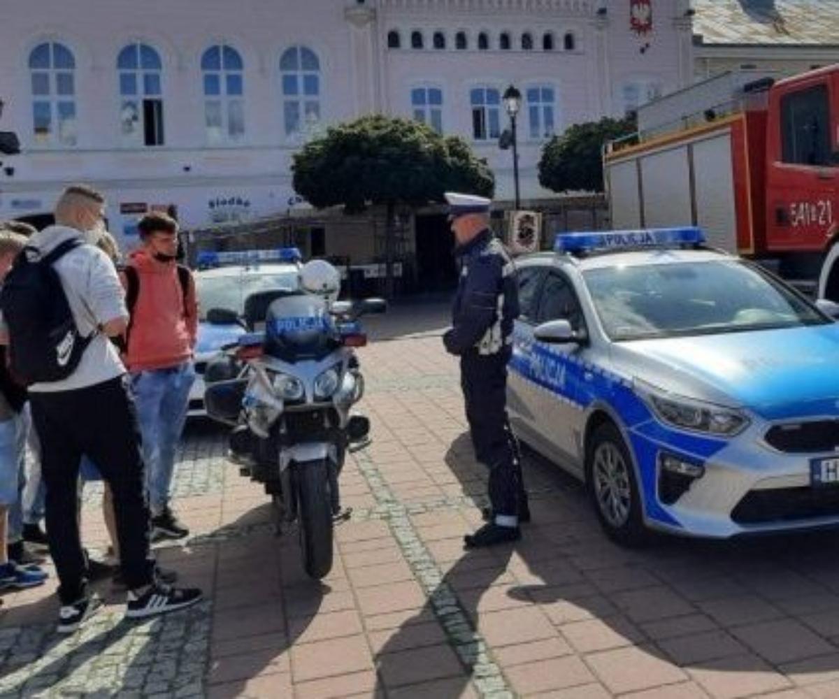 Sanok. Dzień Bezpieczeństwa z sanocką policją [FOTO] - Zdjęcie główne