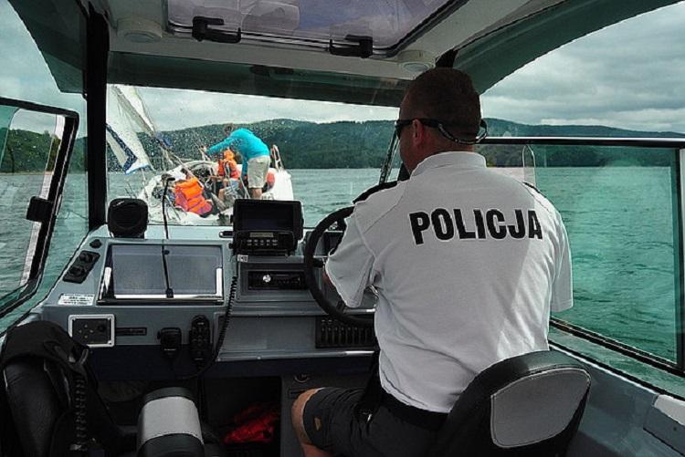 Ratownicy w akcji - Zdjęcie główne