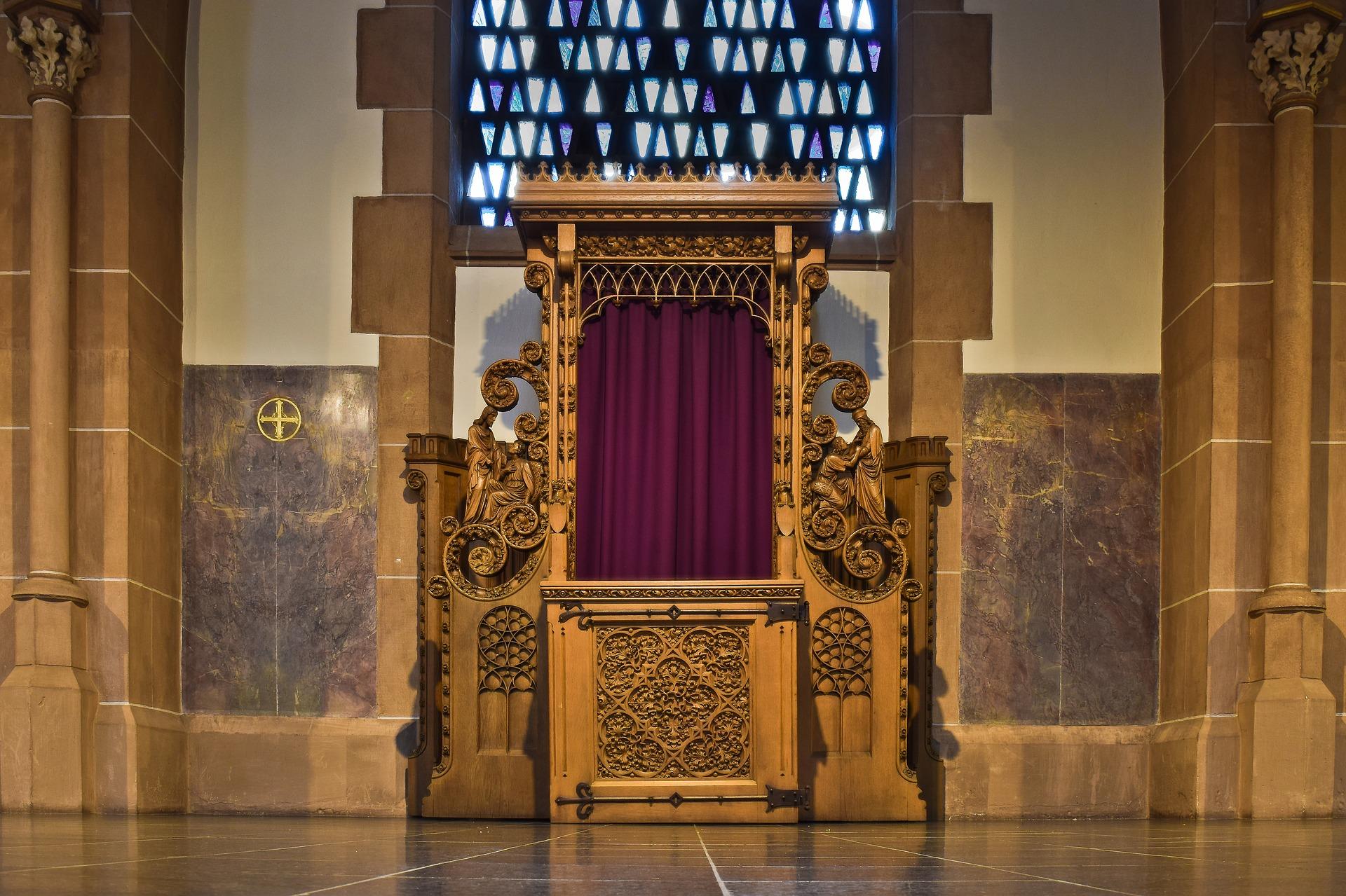 Kościół katolicki zaktualizował listę grzechów. Doszedł hejt, bogacenie się i kwestie łóżkowe - Zdjęcie główne