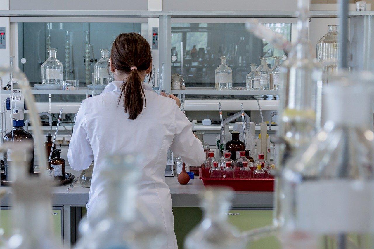 KORONAWIURS: Opracowano pierwszy test do pomiaru odporności - Zdjęcie główne