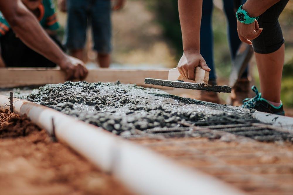 Cement - jak wygląda produkcja i dystrybucja? - Zdjęcie główne
