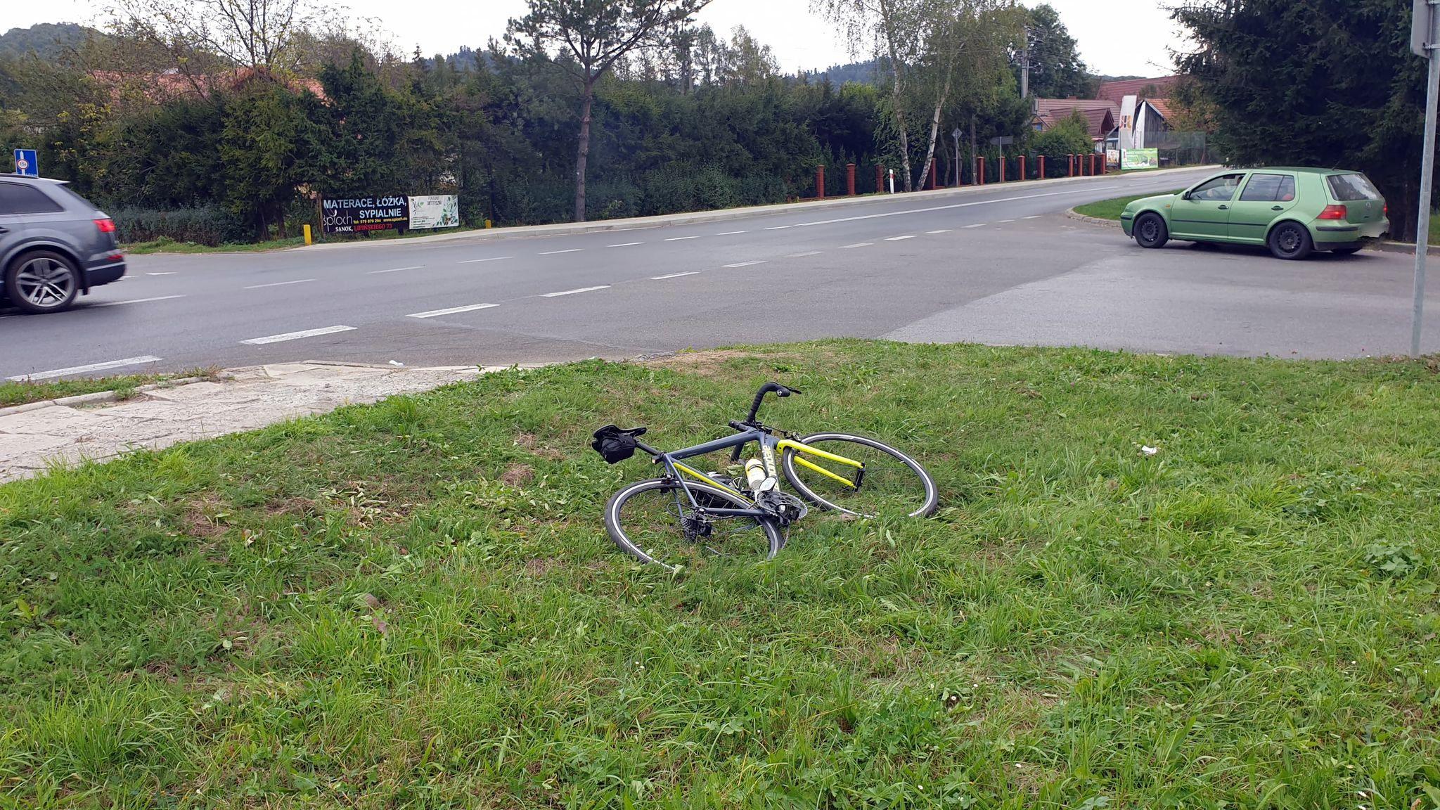 SANOK. Potrącenie rowerzysty na ul. Przemyskiej [FOTO] - Zdjęcie główne