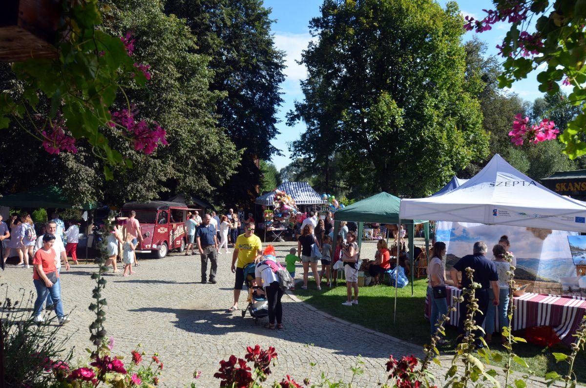 Trwa festiwal Karpaty zaklęte w drewnie! [ZDJĘCIA+VIDEO] - Zdjęcie główne