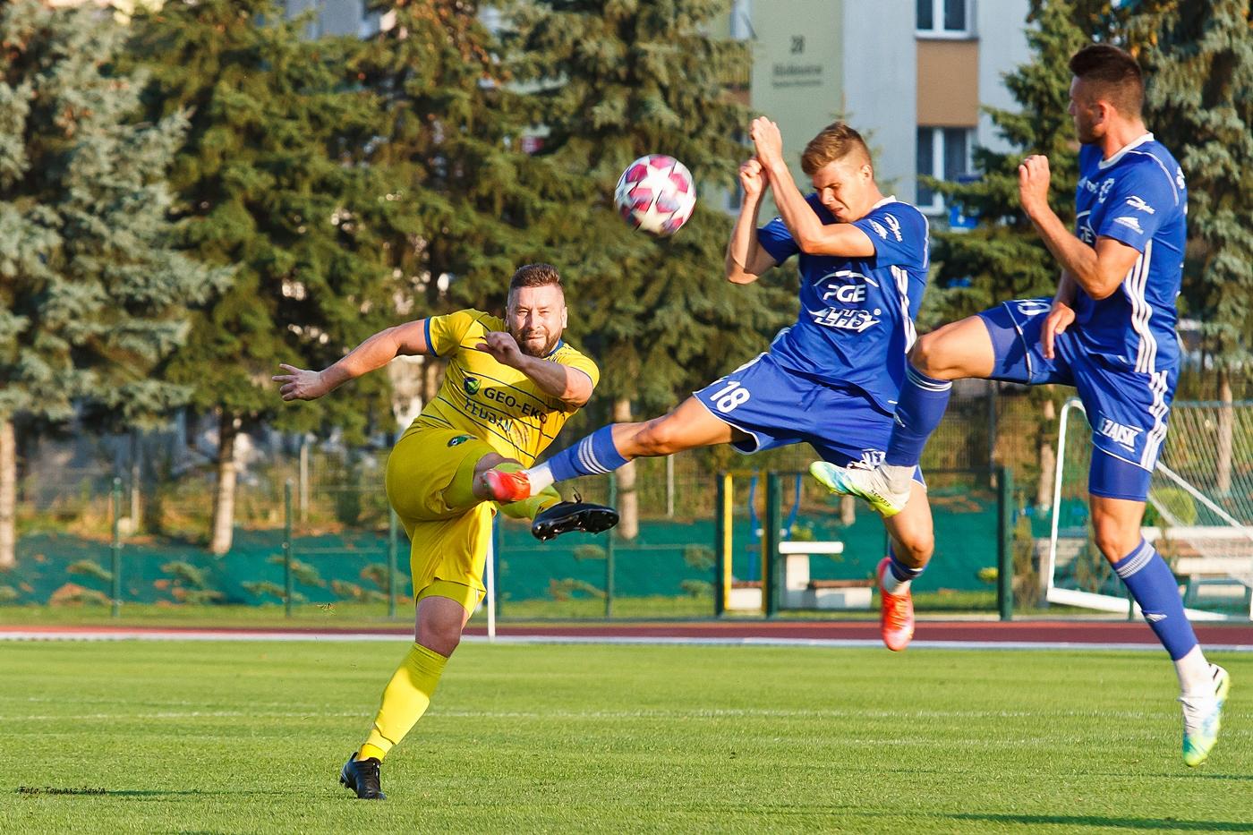 Mecz Ekoball Stal Sanok vs FKS Stal II Mielec [FOTORELACJA] - Zdjęcie główne