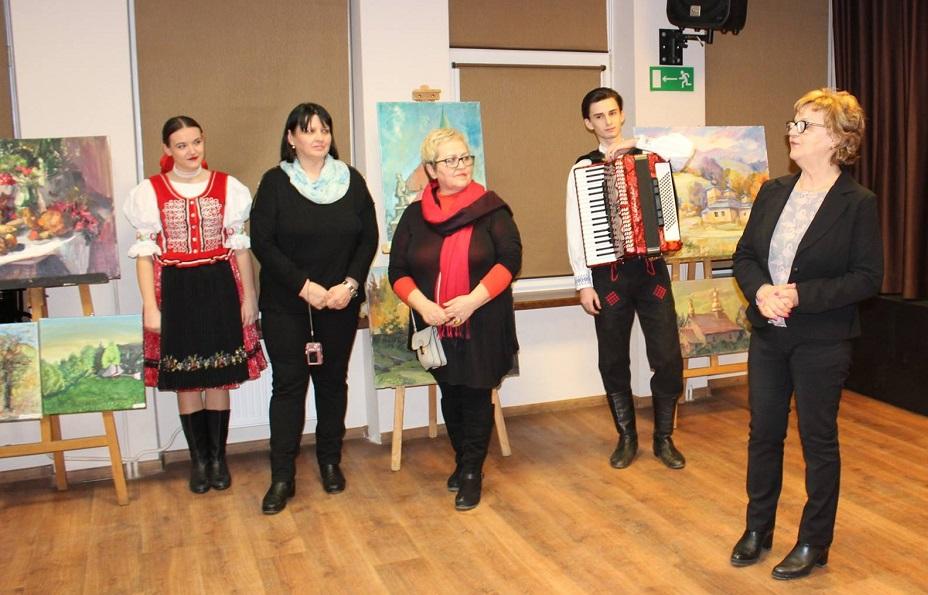 """Poplenerowa wystawa obrazów i fotografii """"Perły Karpat"""" w Centrum Kultury SM Autosan - Zdjęcie główne"""