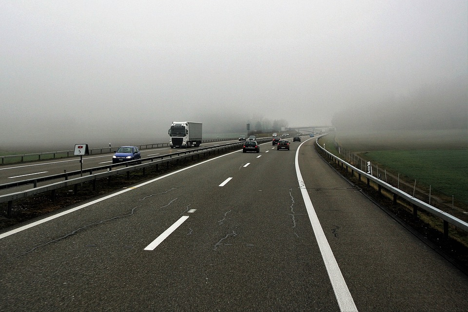 Zmienne warunki na drogach - Zadbaj o bezpieczeństwo! - Zdjęcie główne