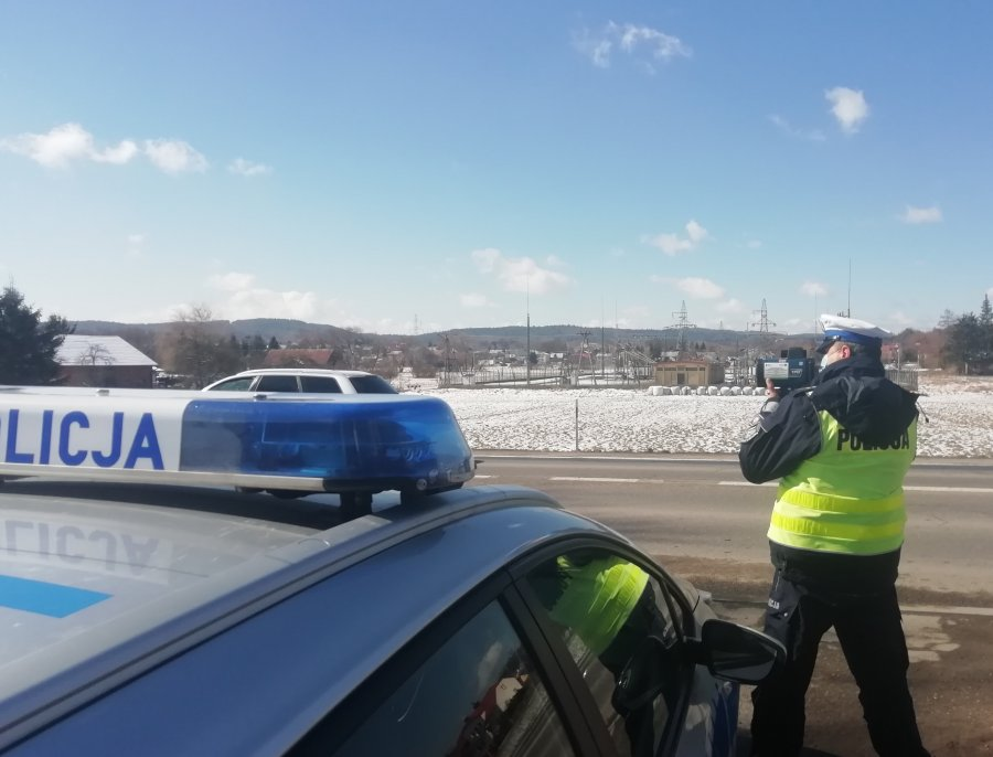 BIESZCZADY: 8 kierowców straciło uprawnienia do kierowania pojazdami - Zdjęcie główne