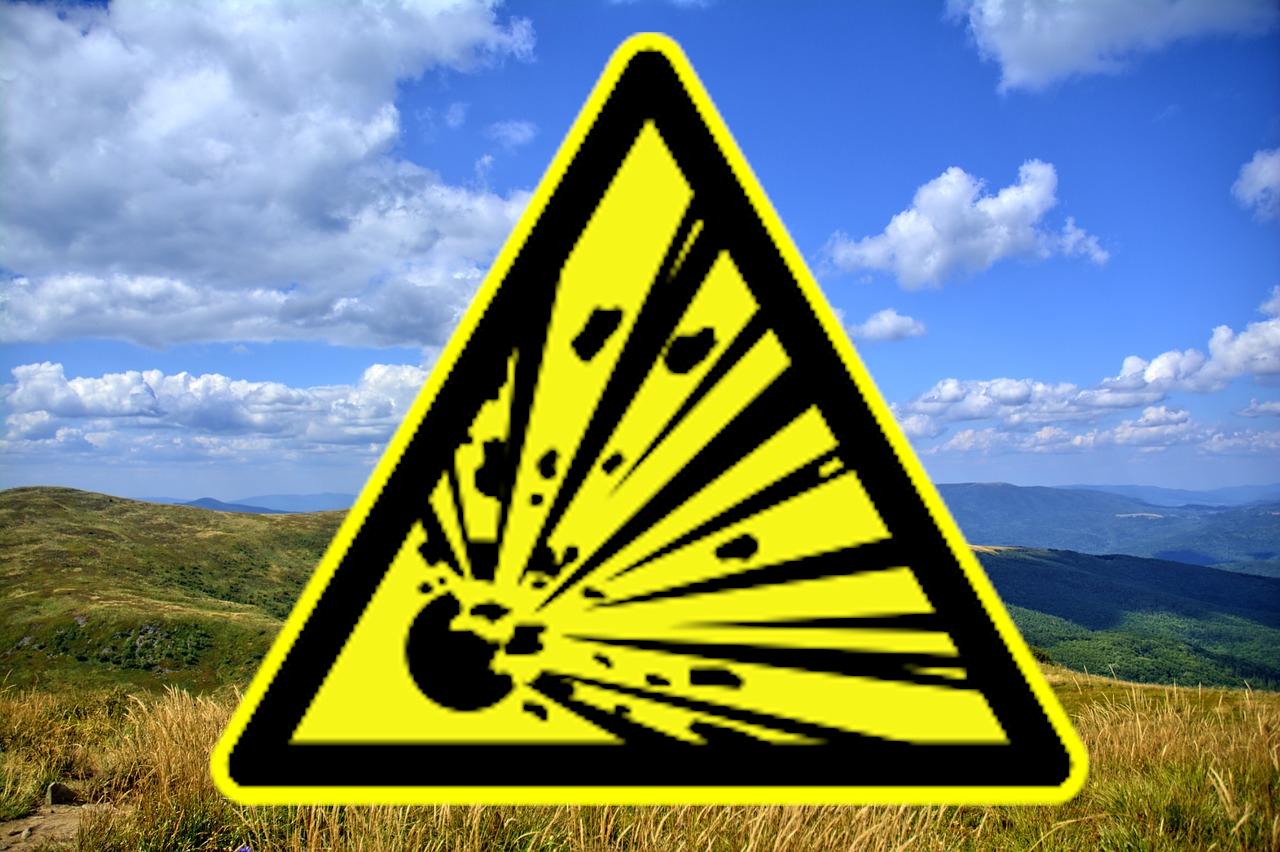 BIESZCZADY: Znaleziono niewybuch. Szlak niebieski czasowo zamknięty - Zdjęcie główne