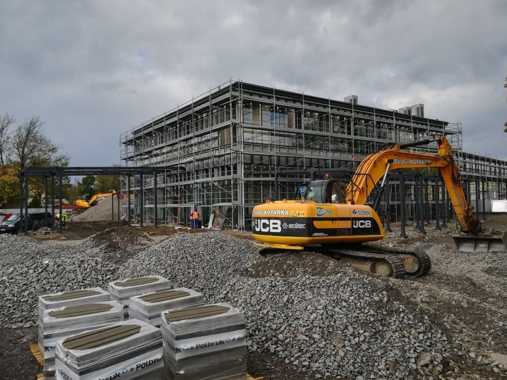 Budowa dworca multimodalnego w Sanoku zbliża się ku końcowi. Zobaczcie nowe zdjęcia FOTO - Zdjęcie główne