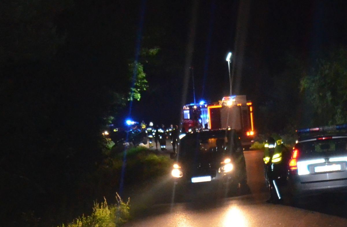 PORAŻ: Tragedia na drodze. Śmiertelne potrącenie 14-latki [FOTO] - Zdjęcie główne