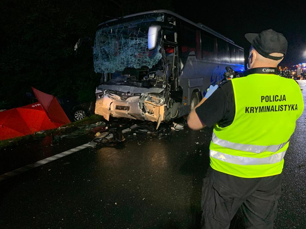 Tragedia na drodze. Zginęło 9 osób w tym 7 z Podkarpacia [FOTO] - Zdjęcie główne
