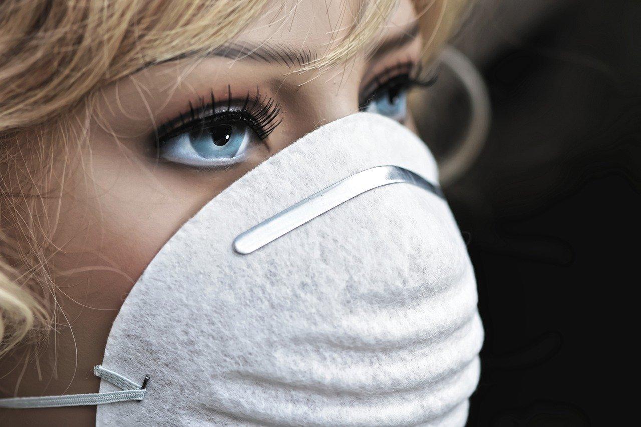 MSZ: Polska aktywnie angażuje się w pomoc w obliczu pandemii COVID-19 - Zdjęcie główne