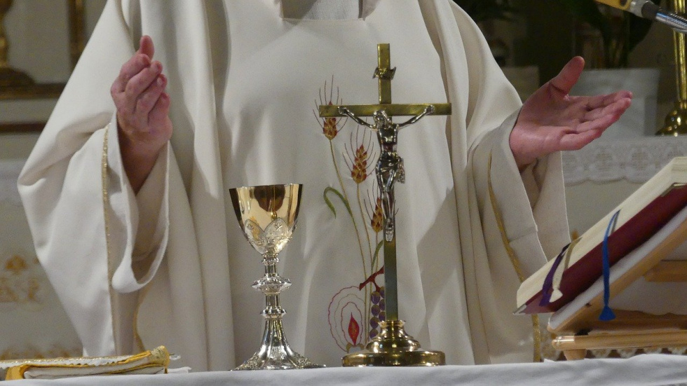Nikt nie ma obowiązku liczyć wiernych w kościele! Jest wyrok sądu! - Zdjęcie główne