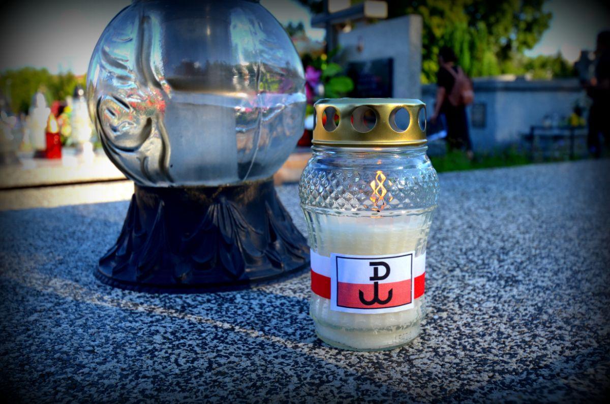 Sanoczanie uczcili pamięć bohaterów Powstania Warszawskiego [FOTO+VIDEO] - Zdjęcie główne