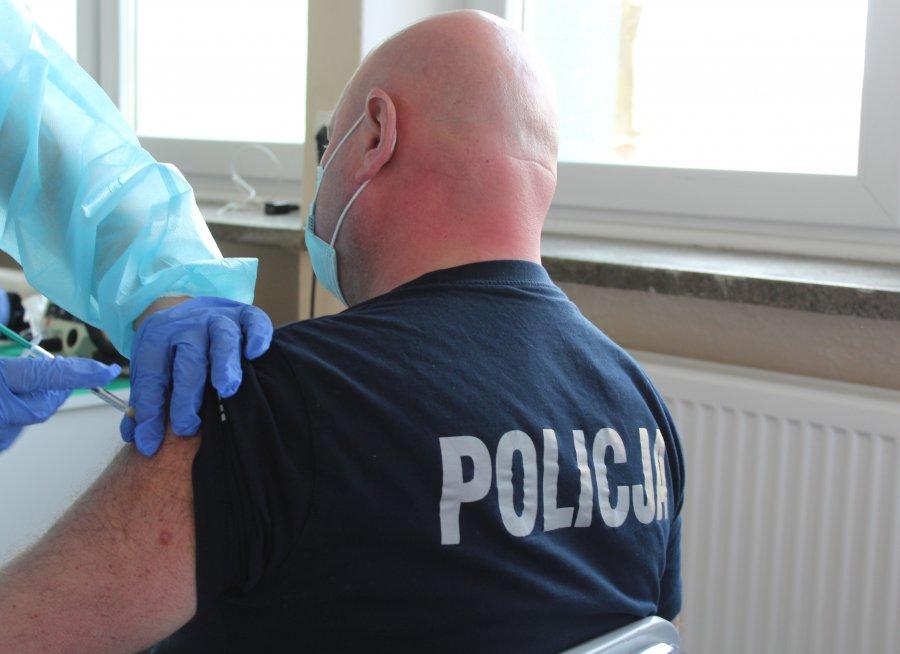 Dzisiaj ruszyły szczepienia służb mundurowych z Sanoka i Brzozowa [ZDJĘCIA] - Zdjęcie główne