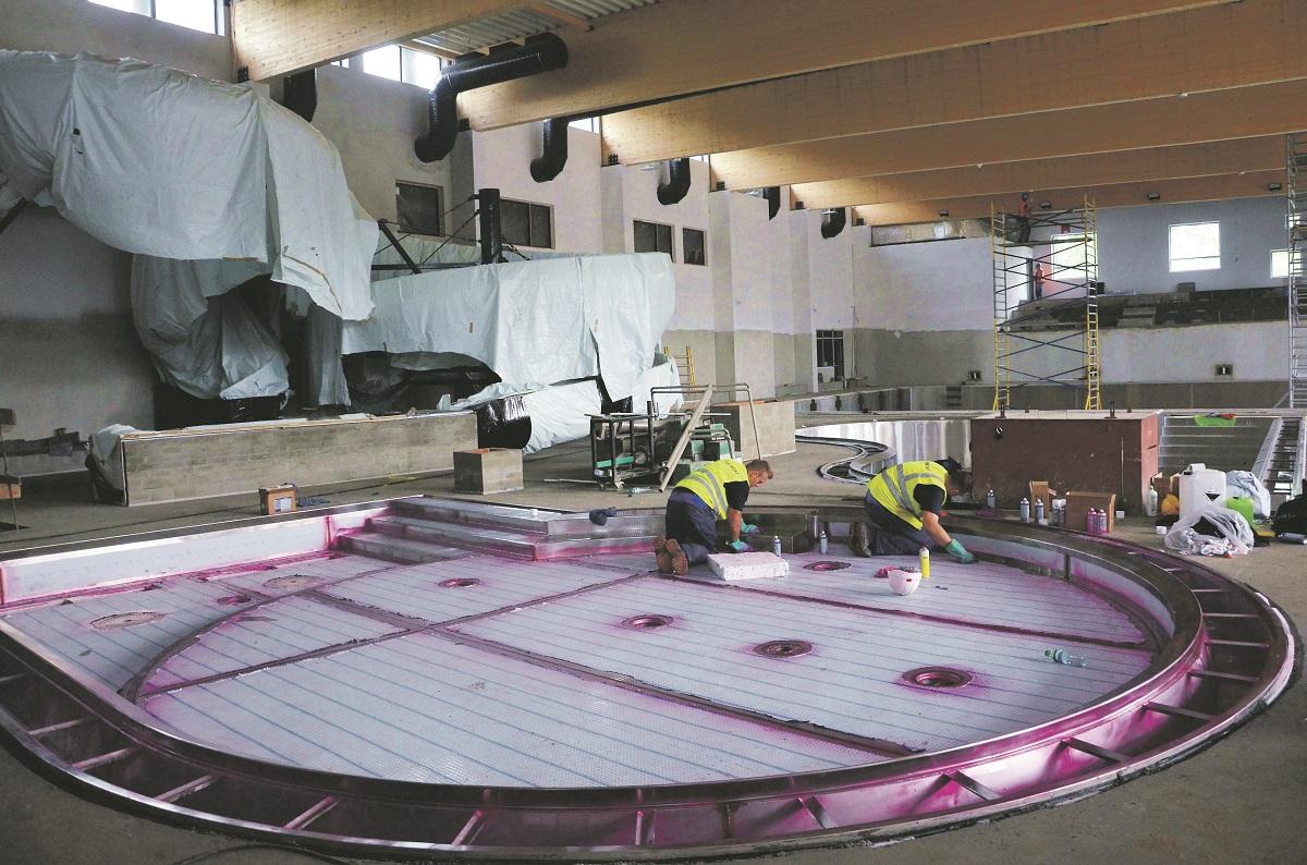 Mokra robota, czyli basen w budowie - Zdjęcie główne