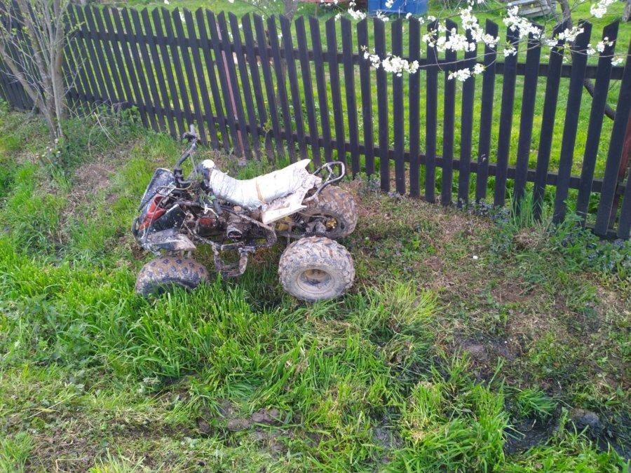 GRABÓWKA: Pijany i bez uprawnień spowodował kolizję quadem [FOTO] - Zdjęcie główne