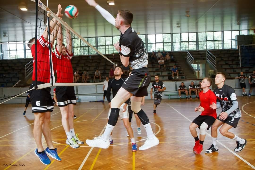 Startuje nowy sezon Sanockiej Ligi Siatkówki [FOTO] - Zdjęcie główne
