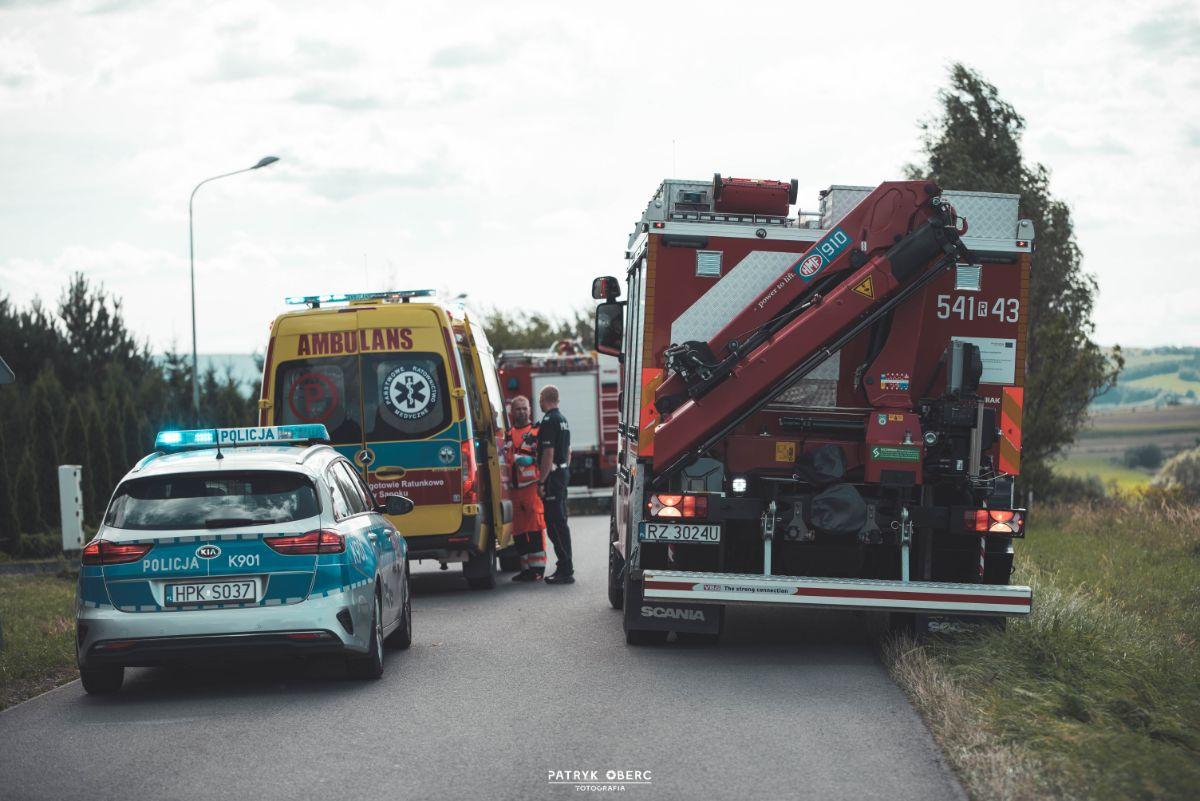 Jędruszkowce: Samochód osobowy najechał na kobietę [FOTO+VIDEO] - Zdjęcie główne