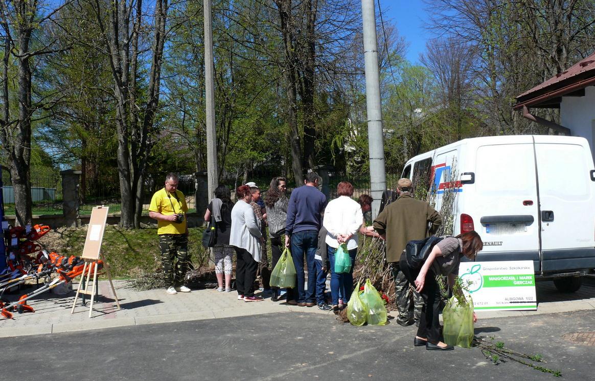 Targi ogrodnicze Wiosna w ogrodzie w Lutowiskach FOTO - Zdjęcie główne