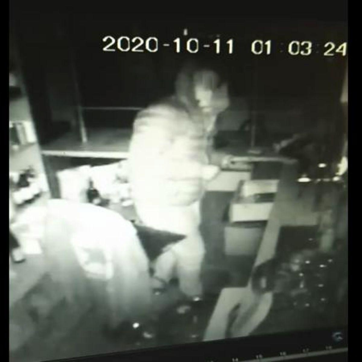 SANOK: Włamanie do baru na ul. Sadowej [VIDEO] - Zdjęcie główne