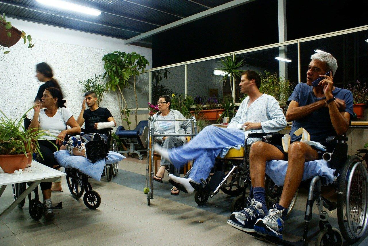 Od 4 sierpnia ZUS wznawia kierowanie na rehabilitację leczniczą! - Zdjęcie główne