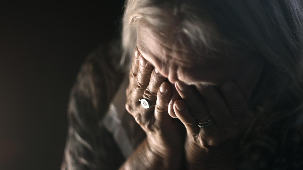 Koniec z wciskaniem garnków seniorom! UOKiK przygotował nowe przepisy - Zdjęcie główne