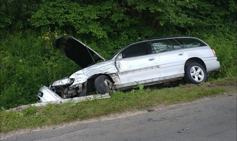 Wypadek motocykla i samochodu w Średniej Wsi FOTO - Zdjęcie główne