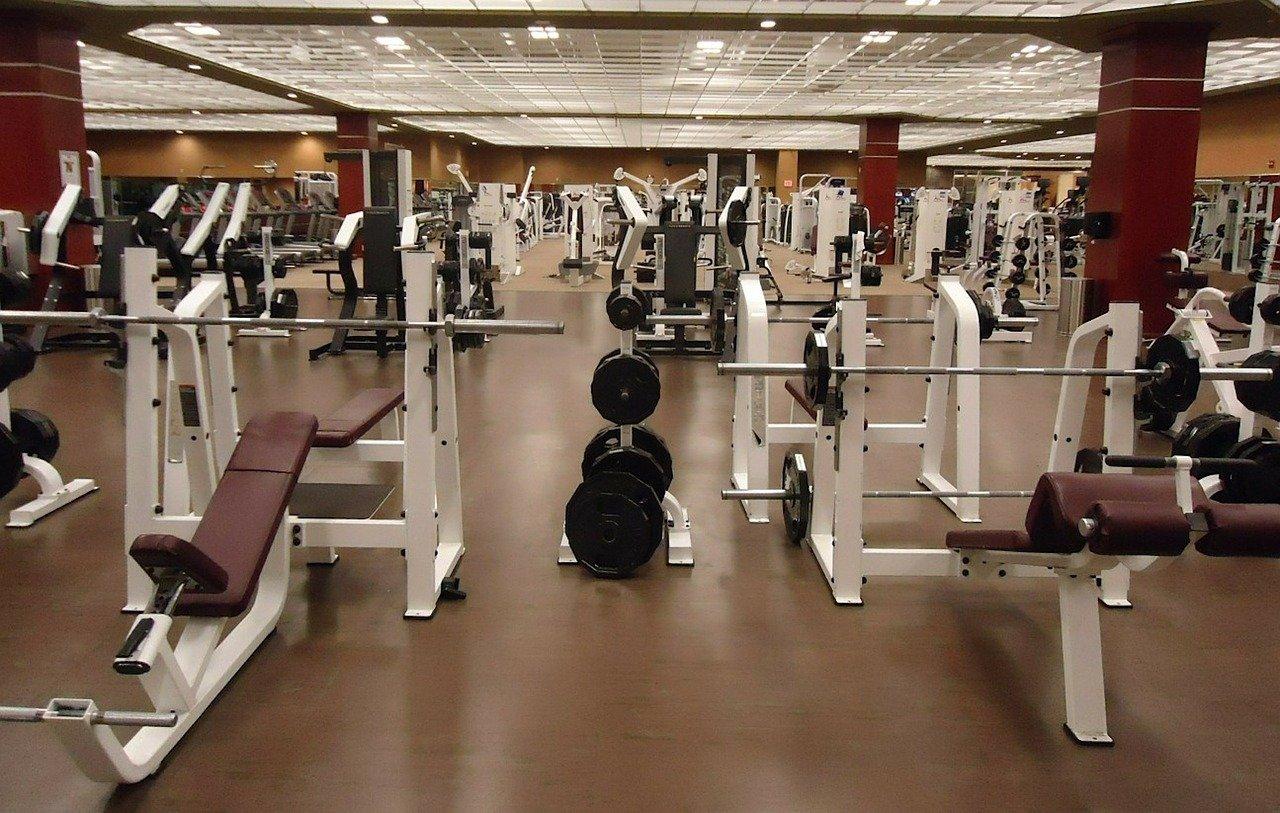 Zostaną ukarani za ćwiczenia na siłowni! - Zdjęcie główne