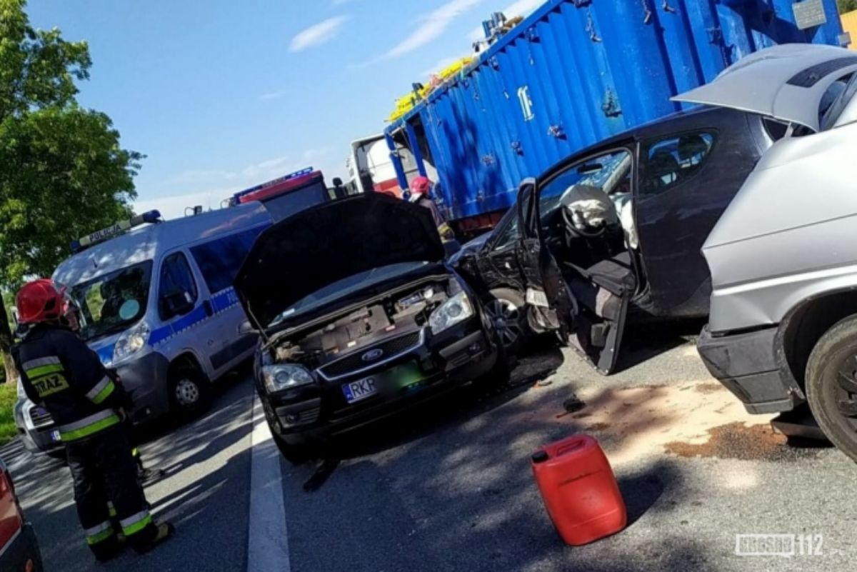 REGION: Zderzenie trzech samochodów - Zdjęcie główne