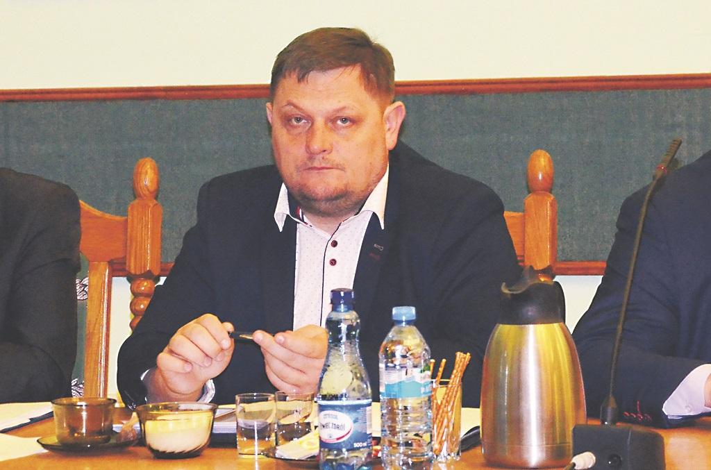 POWIAT SANOCKI: Radny pyta o drogę Pastwiska-Puławy - Zdjęcie główne