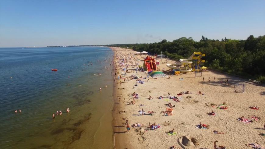 Tegoroczne wakacje pod znakiem ścisłych restrykcji - Zdjęcie główne